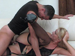 Dolled-up mama makes her snatch willing for a rock-hard shaft of a hung chap