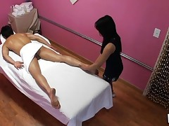 Enjoy watching sex during massage in all smutty details