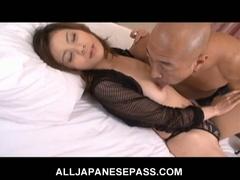 Breasty japanese chick natsumi mitsu trades head and gets nailed
