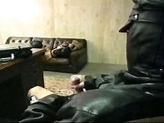 Kinky leather sucking and fucking enjoyment