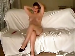 This curvy fem felt very shy posing previous to her BF's webcam at first but then that babe relaxed and teased him with her full boobs and soaking pussy.