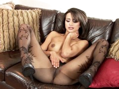 Hot Chelsea French loves teasing her wet soaked clit