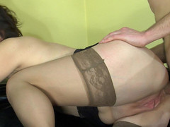 Sultry mom receives in-heat tempting her youthful neighbour into poking her booty