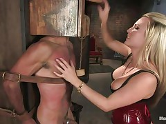 Domina Harmony doesn't allows men to do what they want, so, with the help of her chains and all sorts of elementary but efficient tools that babe punishes this muscled guy, first by adding clothespins on his face and then by thrashing him during the time that he's in chains. She does her job perfectly and in a short time this fellow will be yielding enough