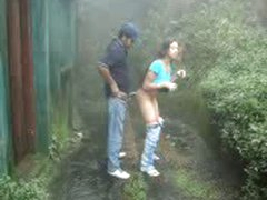 SL COUPLE OUTDOOR FUCK IN NUWARA ELIYA
