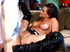 Tory Lane is gazoo screwed in her hawt boots