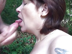 A walk in the nature end up with her sucking my cock, this overweight older went down on her knees and grabbed my 10-Pounder rubbing it with pleasure before wrapping her lips around it. That babe liked having my large hard penis in her mouth and when this babe drank it I just knew that a large load of semen would look perfectly on her face.