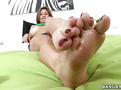 Lisa X is one worthwhile woman from head to toe. Charming Eyes, pleasing big tits, lean legs, a nice, round ass, and one yummy-looking pussy! The star this day is her feet, however, and she's getting 'em lubed up to take a penis betwixt 'em and make her dude cum! If she's this good with her feet, then....