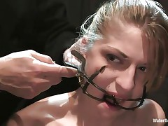 Mouth opened with a specific device Tawni Ryden is getting her every single day dose of submission using a simple bowl with water and a rope that's keeping her hands and feet tied. She has such pink delicious lips and a slutty face that makes u desire to she her humiliated and in the simplest yet efficient ways possible.