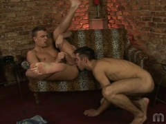2 homosexual boys do some ass licking and fingering