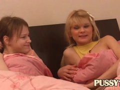 2 cuties in the bed seduce their friend