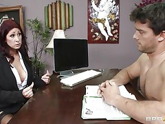 This sexy brunette MILF cannot stop herself from reacting to the young fellow sitting across from him. therefore, that playgirl moves in for the kill and in a short time sufficiently that playgirl has him exactly where that playgirl wants. Unable to stop himself. One time that playgirl have her, that guy will do anything that that playgirl wants him to do and then some.