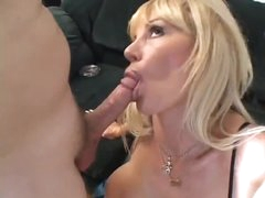 Licking milf box and fucking that slit