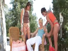 trio lesbo women permeating together